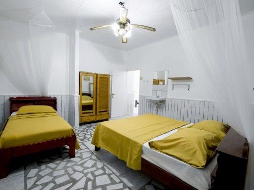 Vakantiehuis Suriname Slaapkamer groot 1