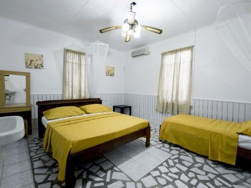 Vakantiehuis Suriname Slaapkamer groot